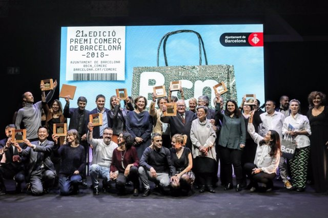 La alcaldesa A.Colau en los Premis Comerç de Barcelona