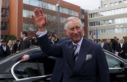 Carlos de Inglaterra dice que, como rey, no seguirá hablando de temas que ha defendido como príncipe