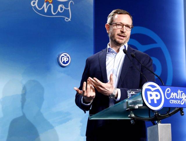 Roda de premsa del sotssecretari de Política Social del PP, Javier Maroto