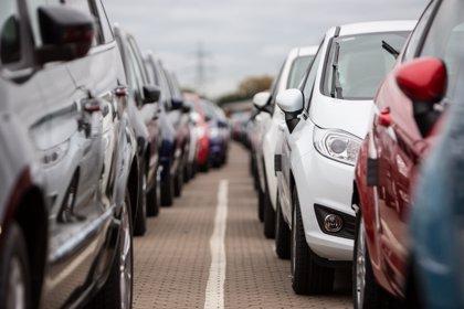 Las ventas europeas de coches diésel caen un 17% hasta septiembre, frente al auge de la gasolina