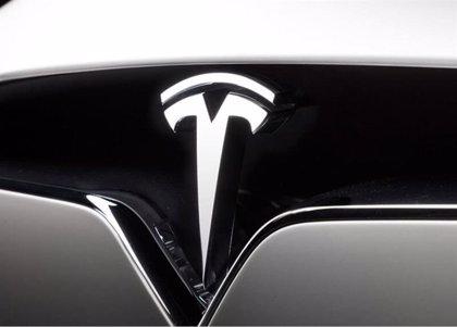 Robyn Denholm sustituye a Elon Musk en la presidencia de Tesla