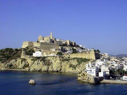 """La Federación Hotelera de Ibiza lamenta las """"injusticias"""" que sufre el sector a causa del impuesto turístico"""