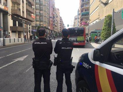 Detenidos en Benidorm dos acusados de cometer dos robos con fuerza, uno de ellos con 70 antecedentes