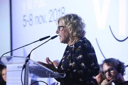 """Carmena insta a que los países den una respuesta a los campos de refugiados para """"evitar que acaben en violencia"""""""