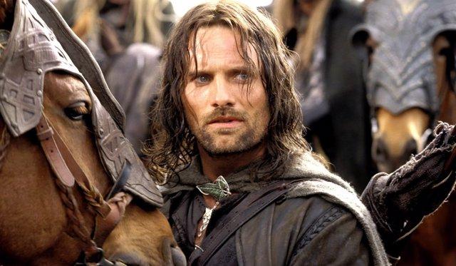 Viggo Mortensen es Aragorn en El señor de los anillos