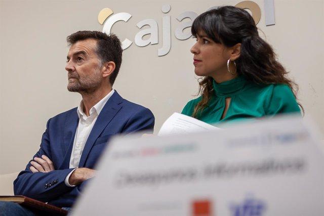 Antonio Maíllo y Teresa Rodríguez, en los Desayunos de Europa Press Andalucía