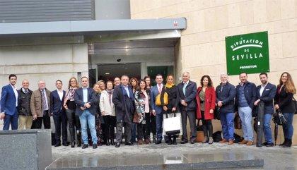 Una treintena de empresas turísticas sevillanas viajan a Torremolinos en una misión comercial de Prodetur