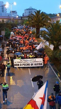 Protesta contra o peche de Alcoa, na Coruña