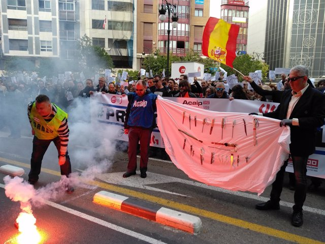 Protesta de trabajadores de prisiones en València