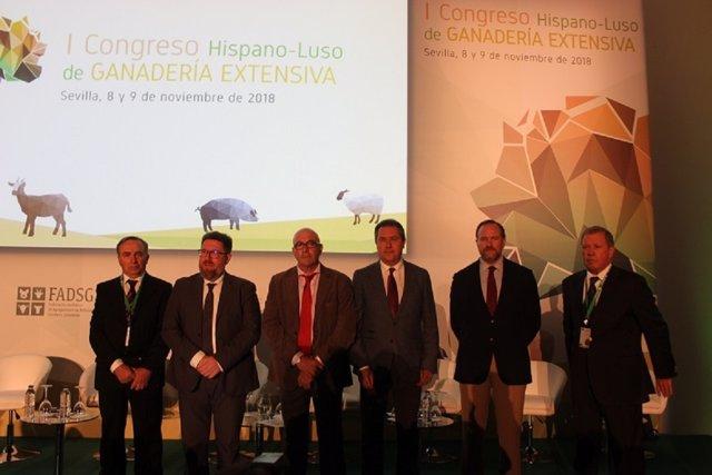 Primer Congreso Hispano-luso sobre ganadería extensiva.