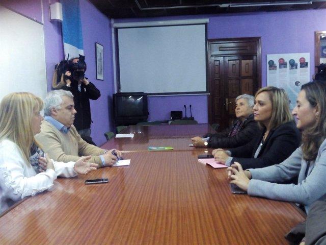 Reunión del PP con afectados de O Marisquiño
