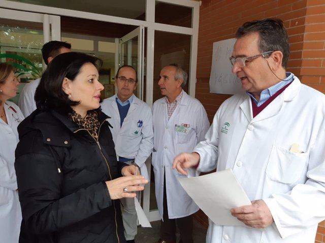 Populares en el centro de salud de Marchena