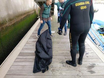 Hallado un octavo cadáver de la patera naufragada el lunes en Caños de Meca (Cádiz)