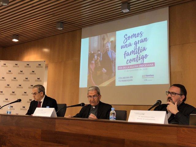 Calvo, Almor y Sanaú han presentado la memoria de la Archidiócesis de 2017