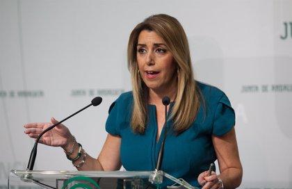 La JEA desestima una denuncia del PP-A al considerar informativos dos tuits de Susana Díaz compartidos por la Junta