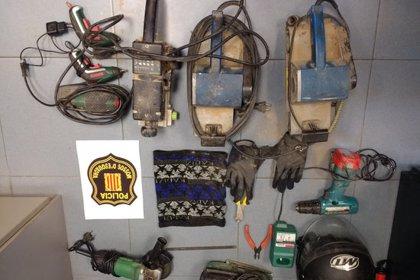 Enxampen un lladre in fraganti que robava eines d'un taller de restauració de mobles a Porqueres