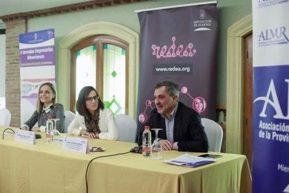 Un centenar de empresarias participan en la Jornada Empresarial de Diputación y Almur