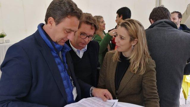 La alcaldesa de Alcalá ha realizado este jueves una visita a las obras.