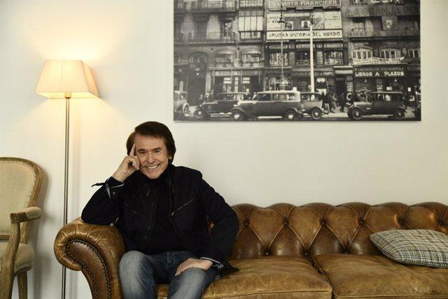Entrevista de Europa Press al cantante Raphael