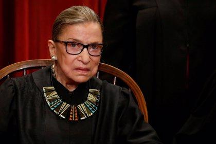 La juez Ginsburg, la más veterana del Supremo de EEUU, se parte tres costillas en una caída