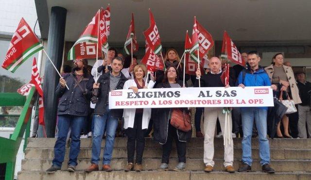 Concentración a las puertas del Macarena por respeto a opositores del SAS