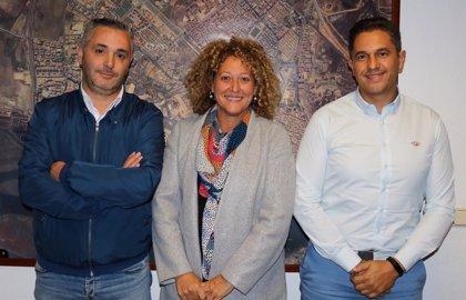 Pilar Marín se suma a la propuesta de los taxistas de crear una red básica para facilitar la movilidad en Huelva