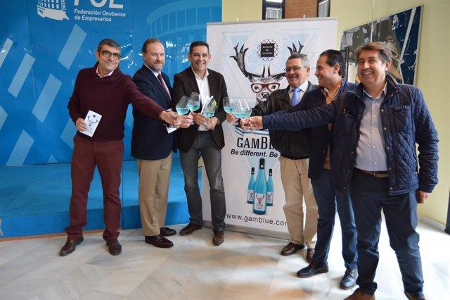 Comercializan GamBlue, el primer mosto azulado elaborado con Zalema.