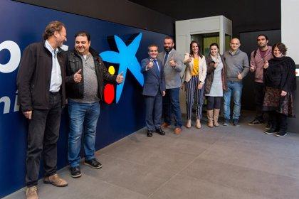 Unas 65 personas se benefician en Huelva de ayudas de la Obra Social 'la Caixa' para la promoción de la ayuda personal