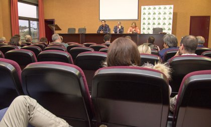 """Regantes del Condado de Huelva crearán una comisión para trabajar en """"posibles errores"""" del Plan de la Corona Norte"""