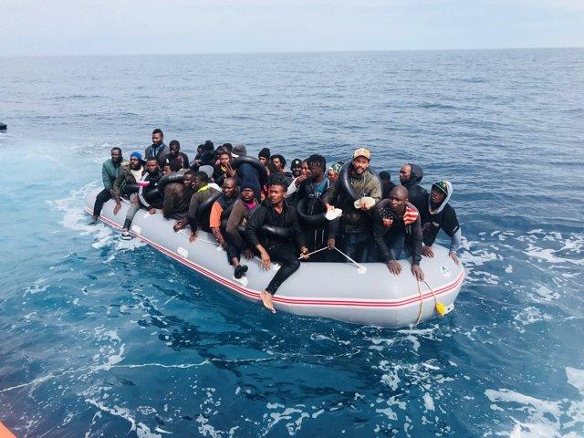 Más de 1.100 inmigrantes han sido rescatados este fin de semana procedentes de 65 pateras - Página 2 Fotonoticia_20181108191819_640