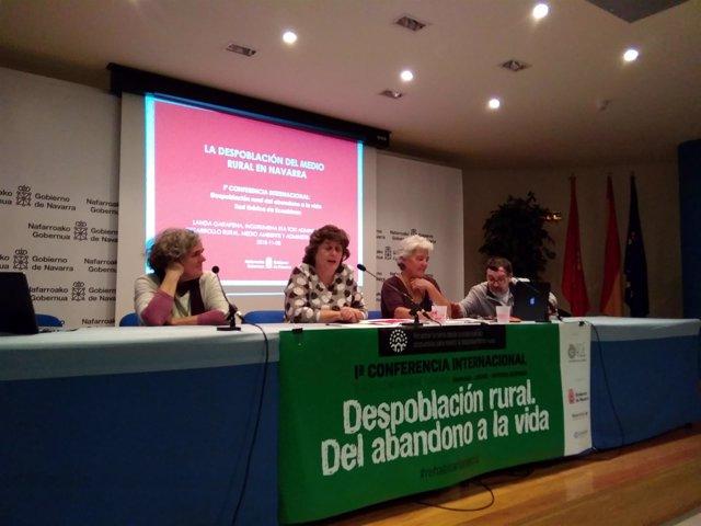 Eva Garcia Balague Interviene En La I Conferencia Sobre Despoblación Rural