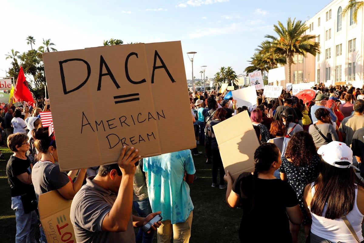 Un tribunal de apelaciones de EEUU falla contra Trump por el programa DACA