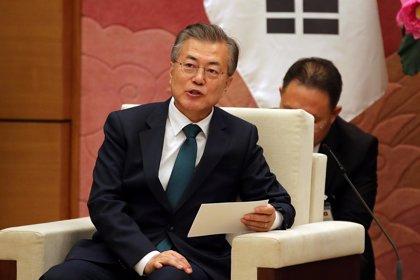El presidente de Corea del Sur destituye al ministro de Finanzas y a su principal asesor económico