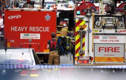 Un muerto por el apuñalamiento de varios peatones en la ciudad australiana de Melbourne