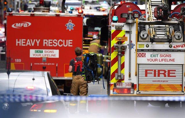 Servicios de emergencia cerca de la calle Bourke, en Melbourne
