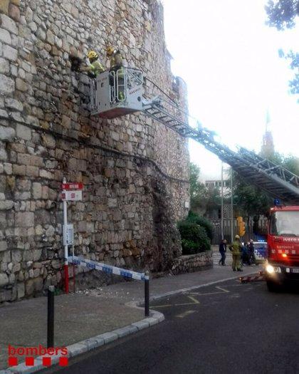 Despreniment de pedres d'una part de la muralla romana de Tarragona