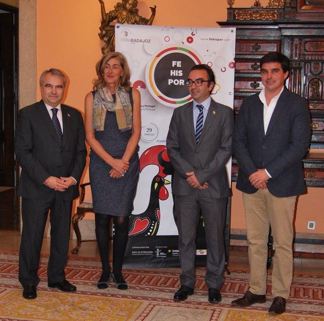 Autoridades en la presentación de Fehispor en Lisboa