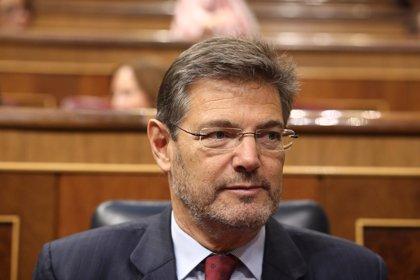 """Catalá ve """"injusto"""" que se """"contamine"""" la carrera de Cospedal por las grabaciones de Villarejo"""