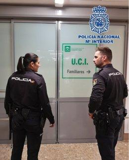 """Fwd: Policia Nacional Nota De Prensa Y Foto """"Dos Agentes De La Policía Nacional"""