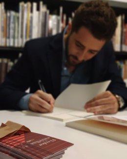 José Javier Arenas (Javier Arevi) autor libro El color de las estrellas