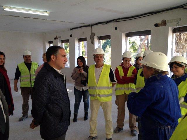 Elías Bendodo visita obras del PFEA málaga provincia Diputación empleo agrario