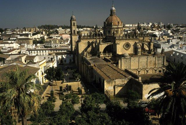 Casco antiguo y catedral de la ciudad de Jerez de la Frontera.