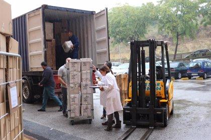 El Hospital San Juan de Dios del Aljarafe envía un segundo contenedor con ayuda humanitaria para África