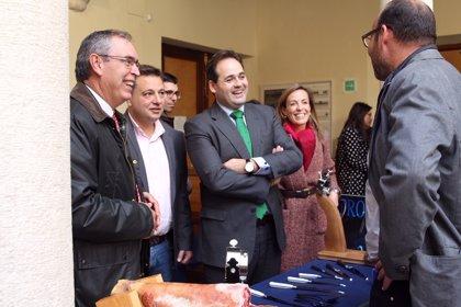 Nuñez traslada la decisión sobre la Presidencia de Honor para Cospedal a la Junta Directiva