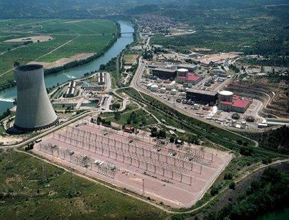 El Parlament exigeix inversió ferroviària estatal per evacuar territoris amb centrals nuclears