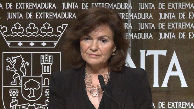 Carmen Calvo en rueda de prensa este viernes en Mérida