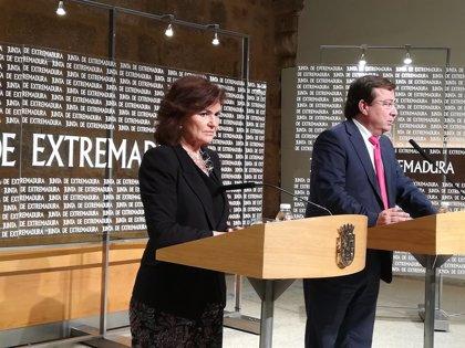 """Carmen Calvo subraya la """"comprensión"""" y """"compromiso"""" del Gobierno con los """"problemas"""" de Extremadura"""