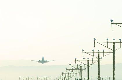 El centro de ENAIRE de Sevilla gestionó 37.633 vuelos en octubre, un 8,1% más
