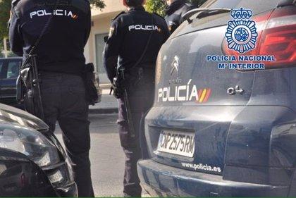La Policía refuerza la seguridad en la zona de calle Elvira de Granada y detiene a cinco personas
