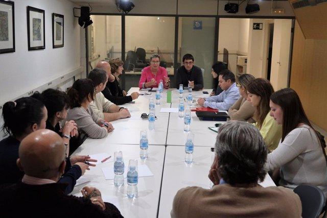 Iago Negueruela, Patricia Gómez, se reúnen con representantes del ERE de Juaneda